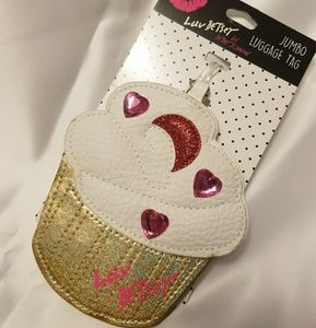 Luv Betsey by Betsey Johnson jumbo luggage Tag